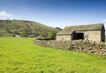 Derbyshire construction firm fined barn roof