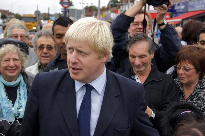 London mayor urges apprentices to choose careers in construction