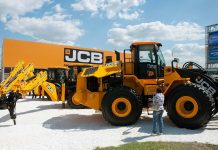 JCB slump could see 400 job losses