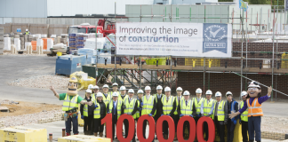 Considerate Constructors Scheme 100000 site registration