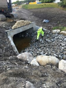 Work on a box culvert