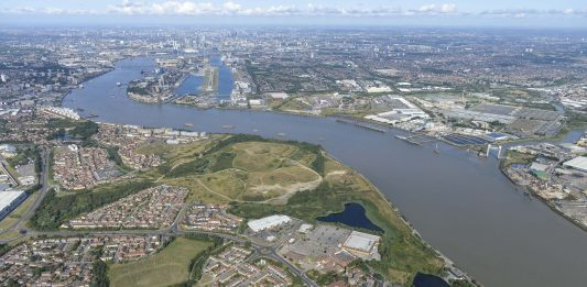 Thamesmead waterfront, peabody, lendlease,