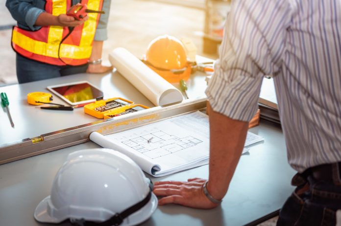 Project management, APM, PwC,