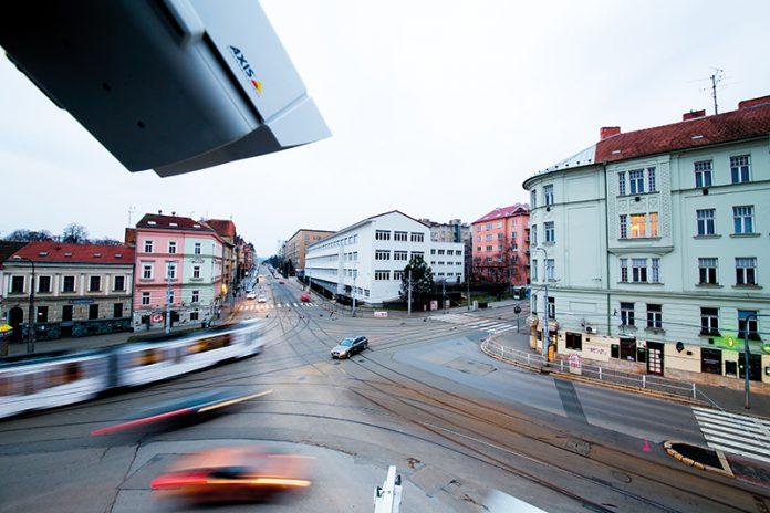 Smart city, smart revolution, Smart buildings, Axis
