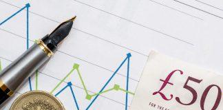 Weekly earnings, freelance tradespeople, Hudson Contract, payroll data