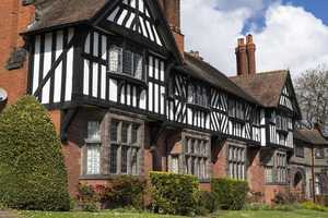 local heritage buildings, historic england