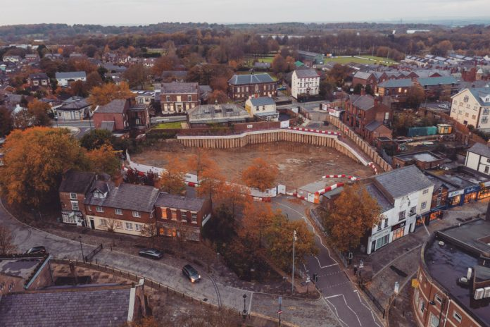 Shakespeare North Playhouse, construction contract,