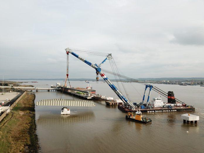 Tilbury2, steel bridge, Graham