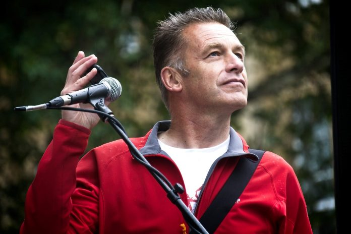 Chris Packham, HS2,