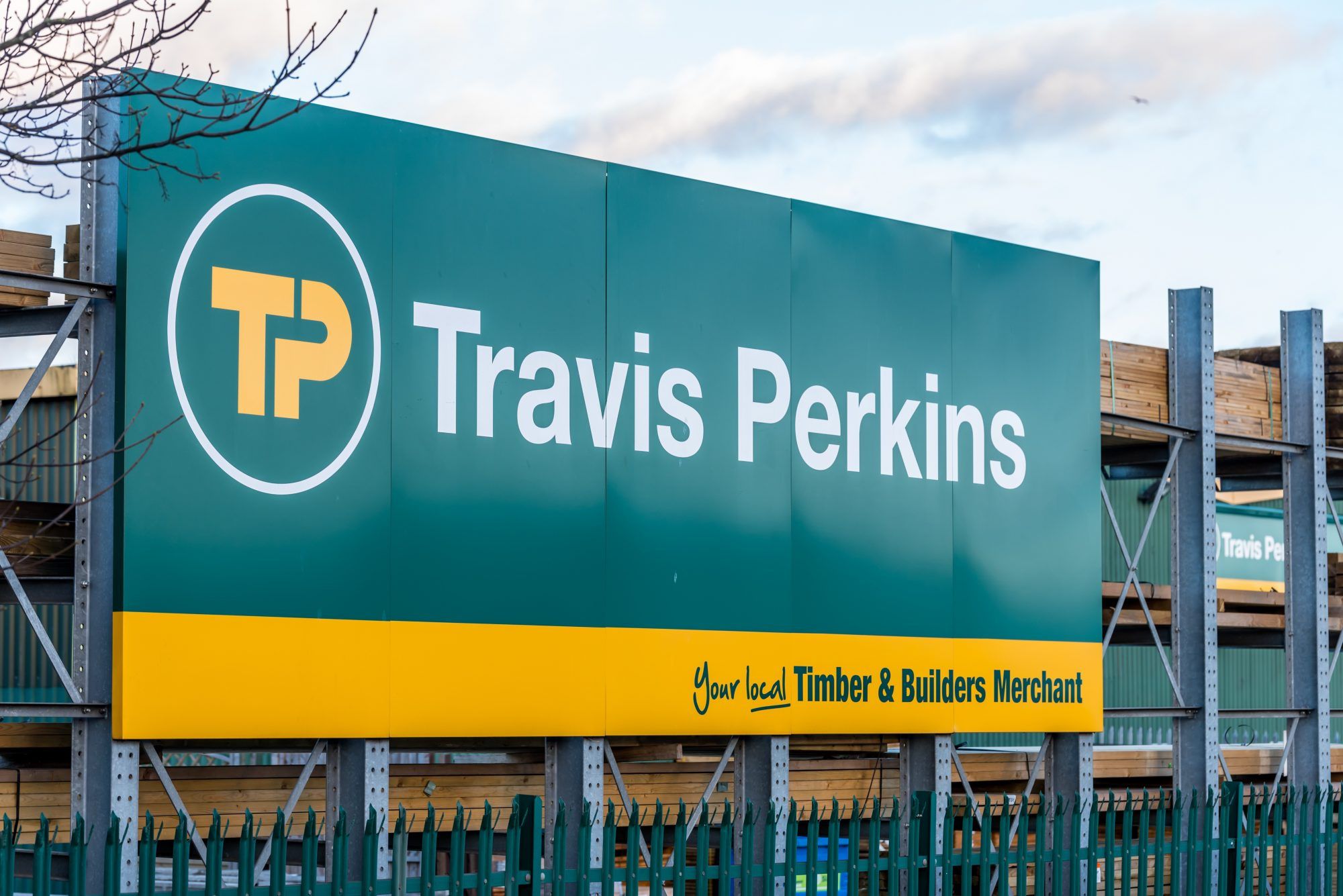 Travis Perkins plans to close 165 branches and cut 2,500 jobs