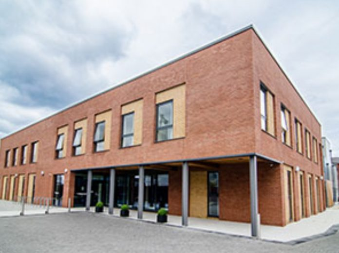 Liverpool cancer centre, interserve