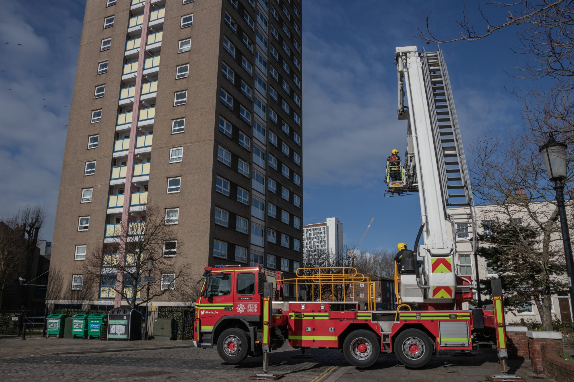 Khan calls for £3bn cladding levy on private developers