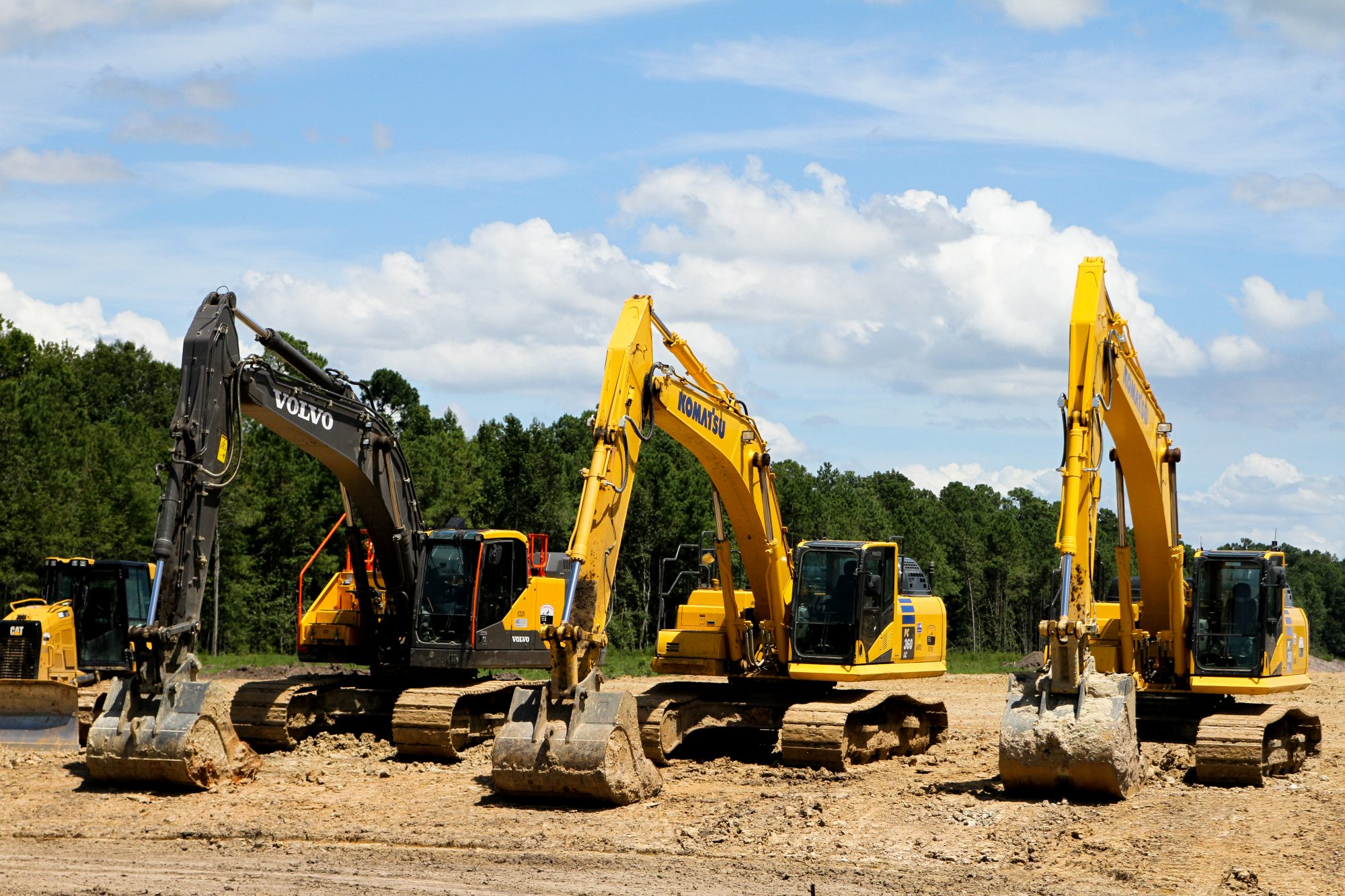 UK construction equipment sales continue steady growth